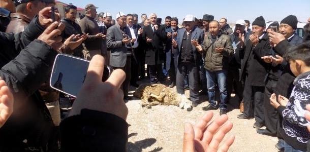 Вандагы Памир кыргыздарына үй берилди